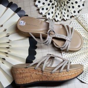 Donald J. Pliner Platform Sandals size 6.5
